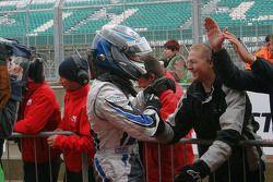 Gabriel Dias viert zijn overwinning