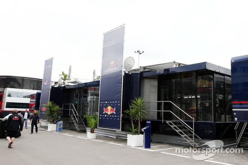 Toro Rosso en Red Bull Racing Hospitality