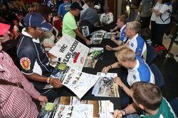 BP Ford Abu Dhabi World Rally Team handtekeningsessie