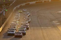 Start: Jamie McMurray, Earnhardt Ganassi Racing Chevrolet
