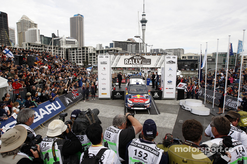 Podium: 2e Sébastien Ogier et Julien Ingrassia, Citroën C4 WRC, Citroën Junior Team