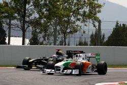 Adrian Sutil, Force India F1 Team, Jarno Trulli, Lotus F1 Team