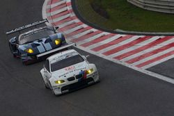 #79 BMW Team Schnitzer BMW M3: Andy Priaulx, Dirk Müller, Augusto Farfus, #61 Matech Competition For
