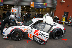 Pitstop #75 Prospeed Competition Porsche 997 GT3 RSR: Marco Holzer, Richard Westbrook