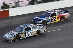 Carl Edwards, Roush Fenway Racing Ford et Scott Speed, Red Bull Racing Team Toyota