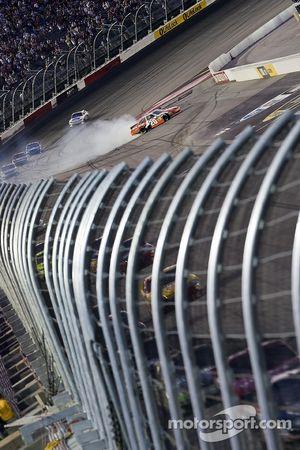 Problemen voor Joey Logano, Joe Gibbs Racing Toyota