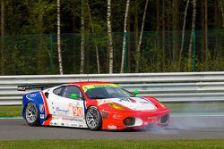 Spin voor #90 CRS Racing Ferrari F430 GT: Pierre Ehret, Phil Quaife, Pierre Kaffer