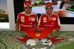 Fernando Alonso, Scuderia Ferrari ve Felipe Massa, Scuderia Ferrari
