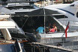 Kimi Raikkonen boat, Iceman