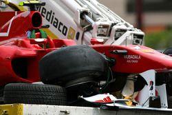 Voiture de Fernando Alonso, Scuderia Ferrari après son accident aux essais