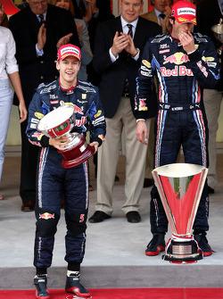 Podyum: Sebastian Vettel, Red Bull Racing, Mark Webber, Red Bull Racing