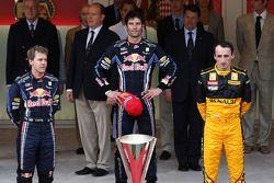 Podium: vainqueur Mark Webber, Red Bull Racing avec 2e Sebastian Vettel, Red Bull Racing et 3e Robert Kubica, Renault F1 Team