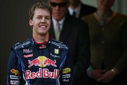 Podyum: 2. Sebastian Vettel, Red Bull Racing