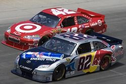 Scott Speed, Red Bull Racing Team Toyota et Juan Pablo Montoya, Earnhardt Ganassi Racing Chevrolet