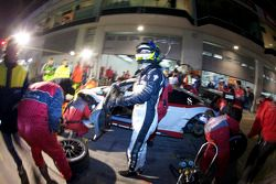 Passage aux stands pour #97 Phoenix Racing Audi R8 LMS: Dennis Rostek, Luca Ludwig, Marc Bronzel, Ma