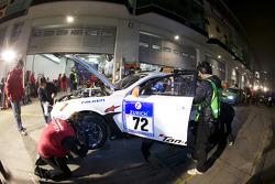 Pit stop for #72 Team World Car Awards Lexus IS F: Kazunori Yamaughi, Hideshi Matsuda, Peter Lyon, Owen Mildenhall