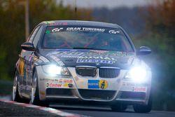 #130 Bergischer Motor Club im ADAC BMW 325i E90: Ruben Salerno, Jorge Cersosimo, Gaston Ricardo