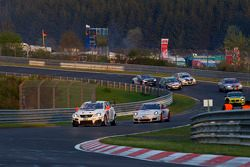 #72 Team World Car Awards Lexus IS F: Kazunori Yamaughi, Hideshi Matsuda, Peter Lyon, Owen Mildenhall