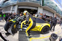 Pitstop #102 Black Falcon Audi R8 LMS: Christer Jöns, Sean Paul Breslin, Johannes Stuck, Kenneth Hey