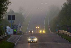 Action au petit matin sur le Dottinger Hohe: #63 Chevrolet Corvette: Tobias Guttroff, Jens Richter, Arno Klasen, Christian Hohenadel