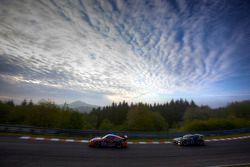#17 Team DMV Porsche 997 GT3: André Krumbach, Holger Fuchs, Harald Schlotter, #69 Dörr Motorsport