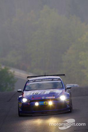 #116 Volkswagen Motorsport Volkswagen Scirocco: Ulrich Hackenberg, Stefan Gies, Bernd Ostmann, Peter