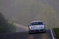 #236 Team DMV Porsche Cayman S: Ivan Jacoma, Nicola Bravetti, Matteo Cassina, André Krumbach