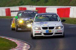 #211 Bonk Motorsport BMW 320is: Axel Burghardt, Andreas Möntmann, Jens Moetefindt