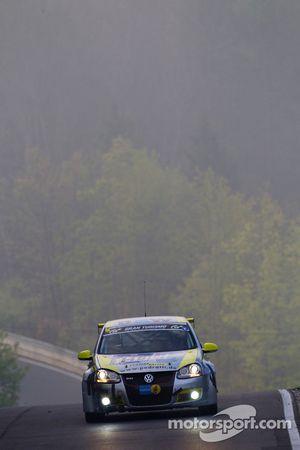 #146 Scuderia Colonia ADAC Volkswagen Golf: Matthias Wasel, Thomas Wasel, Johann Wanger, Michael Hes