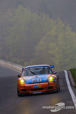 #17 Team DMV Porsche 997 GT3: André Krumbach, Holger Fuchs, Harald Schlotter