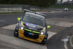 #142 Opel OPC Race Camp Opel Astra OPC: Hendrik Scharf, Jean-Marie Rathje, Arne Hoffmeister, Roger Bueler