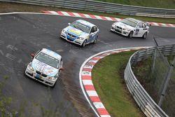 #129 Bergischer Motor Club im ADAC BMW 325i E92: Damian Fineschi, Juan Jose Garriz, Juan Cusano, Ser