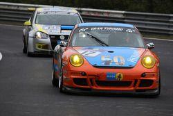 #17 Team DMV Porsche 997 GT3: Andre Krumbach, Holger Fuchs, Harald Schlotter