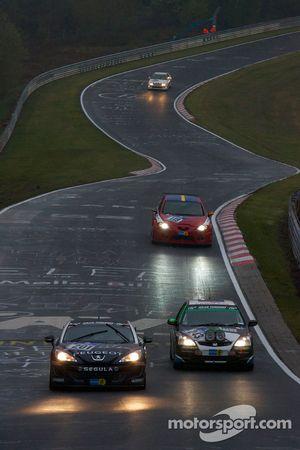 #201 Peugeot Peugeot RC Z: Jürgen Nett, Joey Kelly, Michael Bohrer, Henning Klipp, #243 Honda Civic