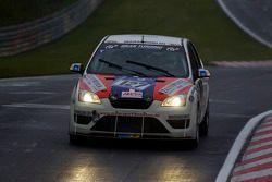 #127 Konig Komfort und Rennsitze Ford Focus ST: Uwe Reich, Marc von Niesewet, Michael Lachmayer, Christian Kosbu
