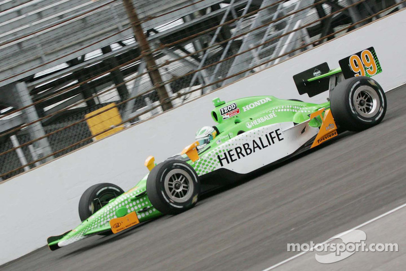 Another well thought through livery for Ganassi/Schmidt was this 2010 effort for Townsend Bell.