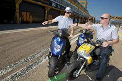 Jamie Green, Persson Motorsport en Susie Stoddart, Persson Motorsport terug van baaninspectie