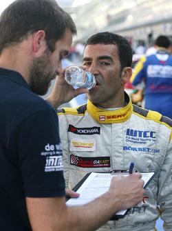 Sergio Perez, Barwa Addax Team