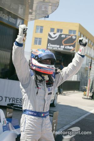 Winnaar Edoardo Mortara, Signature, Dallara F308 Volkswagen