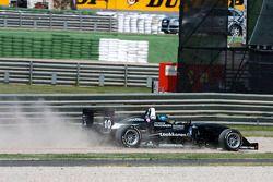 Matias Laine, Motopark Academy Dallara F308 Volkswagen sort de la piste