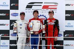 Podium: vainqueur Jolyon Palmer, 2e Dean Stoneman, 3e Kazim Vasiliauskas