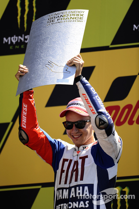Podio: ganador de la carrera Jorge Lorenzo, Fiat Yamaha Team celebra