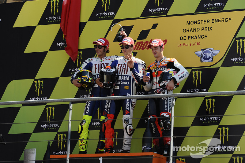 Podium: race winner Jorge Lorenzo, Fiat Yamaha Team, second place Valentino Rossi, Fiat Yamaha Team, third place Dani Pedrosa, Repsol Honda Team