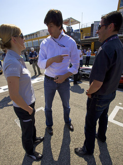Susie Stoddart, Persson Motorsport, AMG Mercedes C-Klasse op de startgrid Euro F3