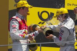 Podium: vainqueur Mattias Ekström, Audi Sport Team Abt, 2e Martin Tomczyk, Audi Sport Team Abt, 3e Bruno Spengler, Team HWA AMG Mercedes font pêter le champagne