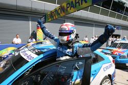 vainqueur Yvan Muller, Chevrolet, Chevrolet Cruze LT