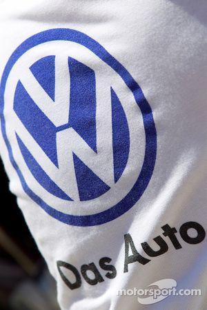 Эмблема Volkswagen