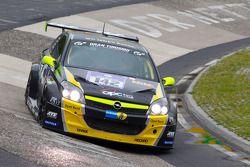 #142 Opel OPC Race Camp Opel Astra OPC: Hendrik Scharf, Jean-Marie Rathje, Arne Hoffmeister, Roger B
