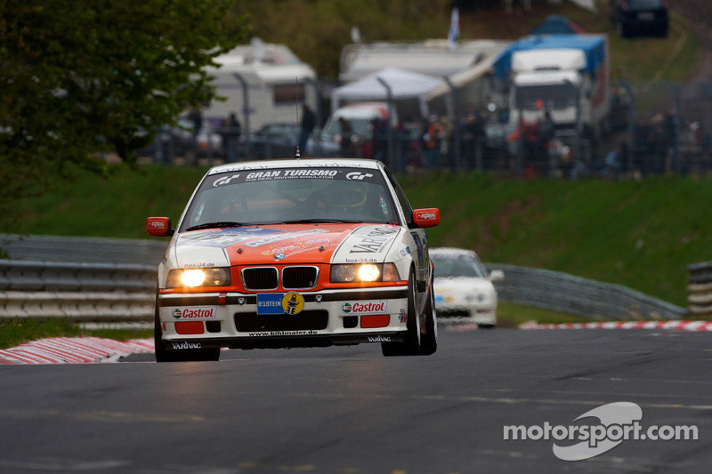 #225 BMW E36 M3: Richard Gartner, Ray Stubber, Paul Stubber