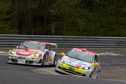 #40 Porsche 997 RSR: Klaus Abbelen, Sabine Schmitz, Edgar Althoff, Dieter Schornstein, #166 Renault Clio Cup: Jürgen Peter, Rennsemmel